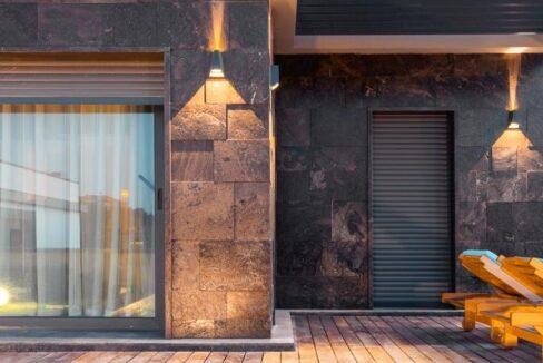 Luxusvilla in Izmir:Güzelbahce 14