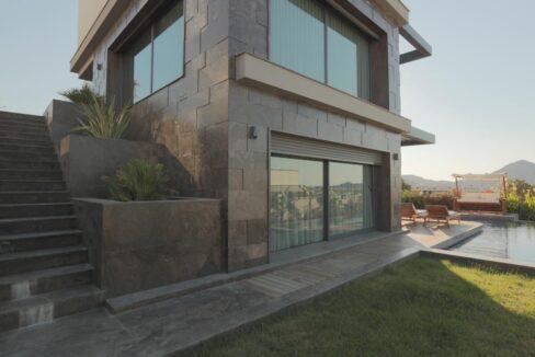 Luxusvilla in Izmir:Güzelbahce 20