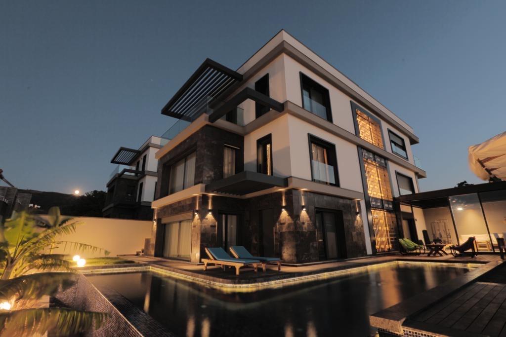 Luxury Villa in modern design in Izmir/Güzelbahce