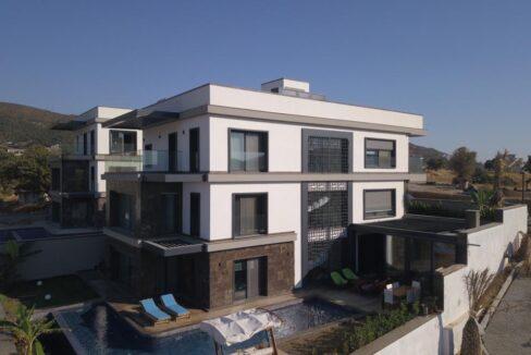 Luxusvilla in Izmir:Güzelbahce 4